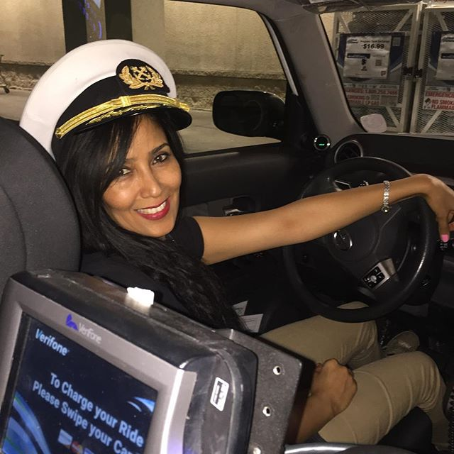 a legszebb taxis nő